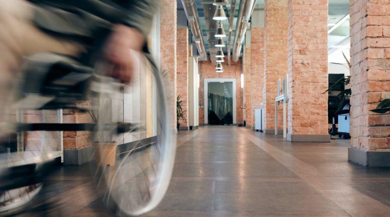 Licenziamento lavoratore disabile, obbligo di adottare i ragionevoli accomodamenti, Tribunale di Verona, sentenza del 6 agosto 2020.